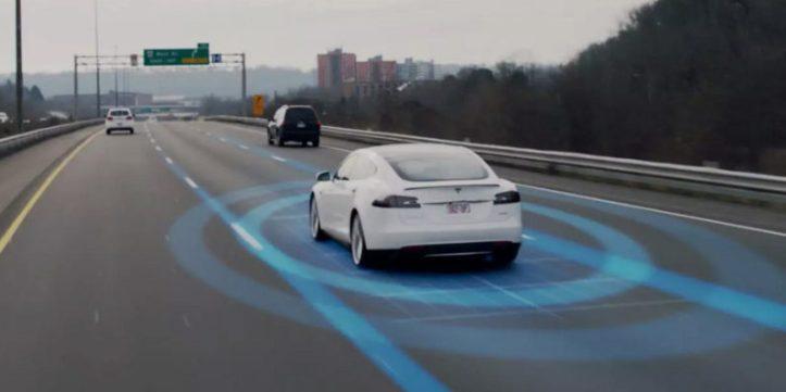 Tesla-Autopilot-796x398.jpg